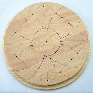 Mandala de madera, juguete artesanal de Littlevikingtoy